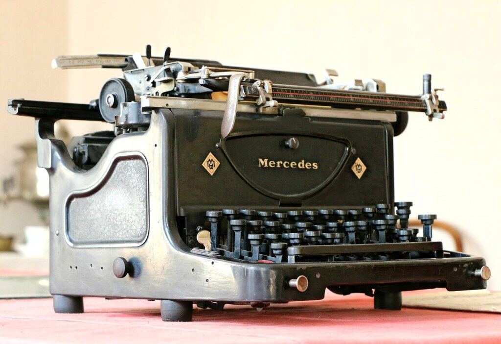 mercedes, typewriter, antiques